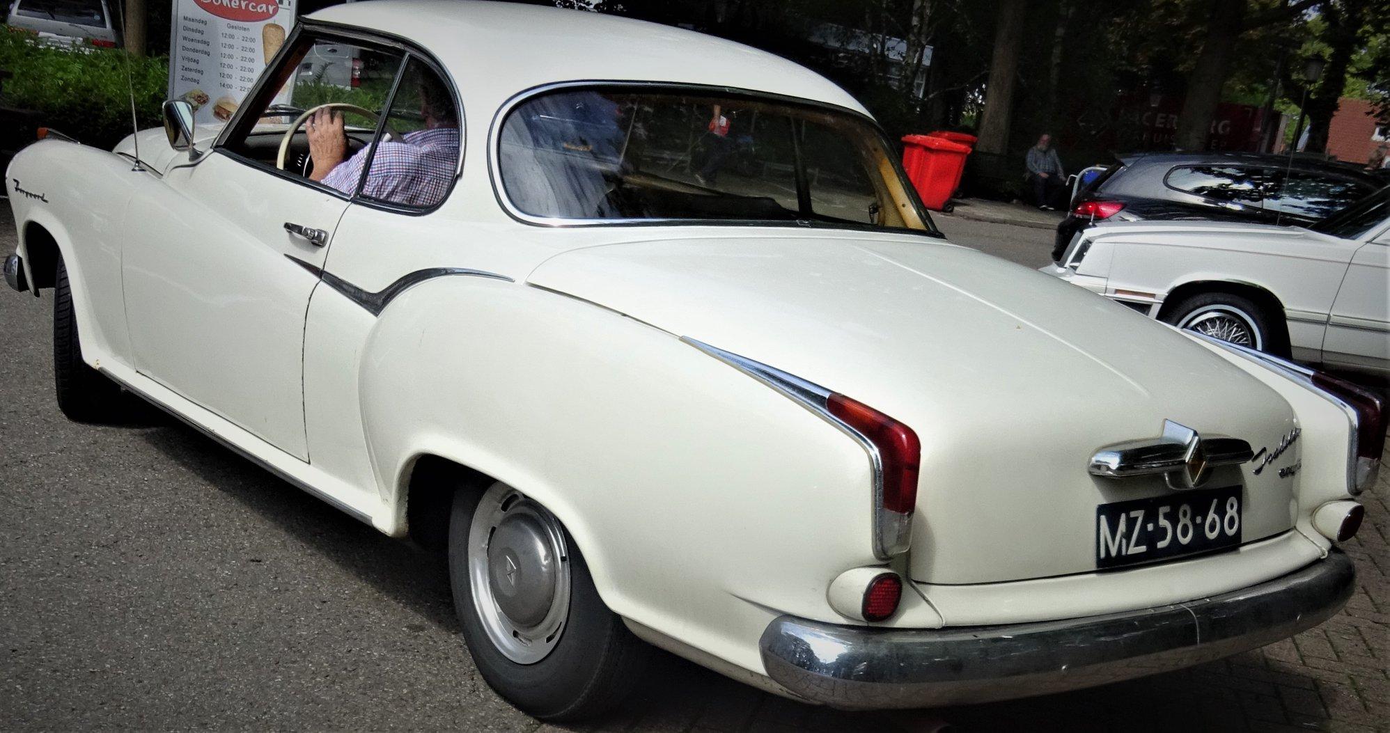 Borgward-Isabella-Coupe-1963-(2)