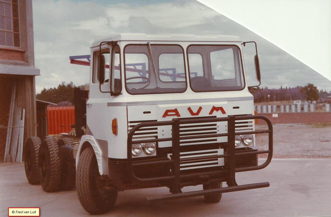 Fred-van-Luit--AVM-komt-uit-Zimbabwe--Geheel-DAF-behalve-de-cabine-(3)