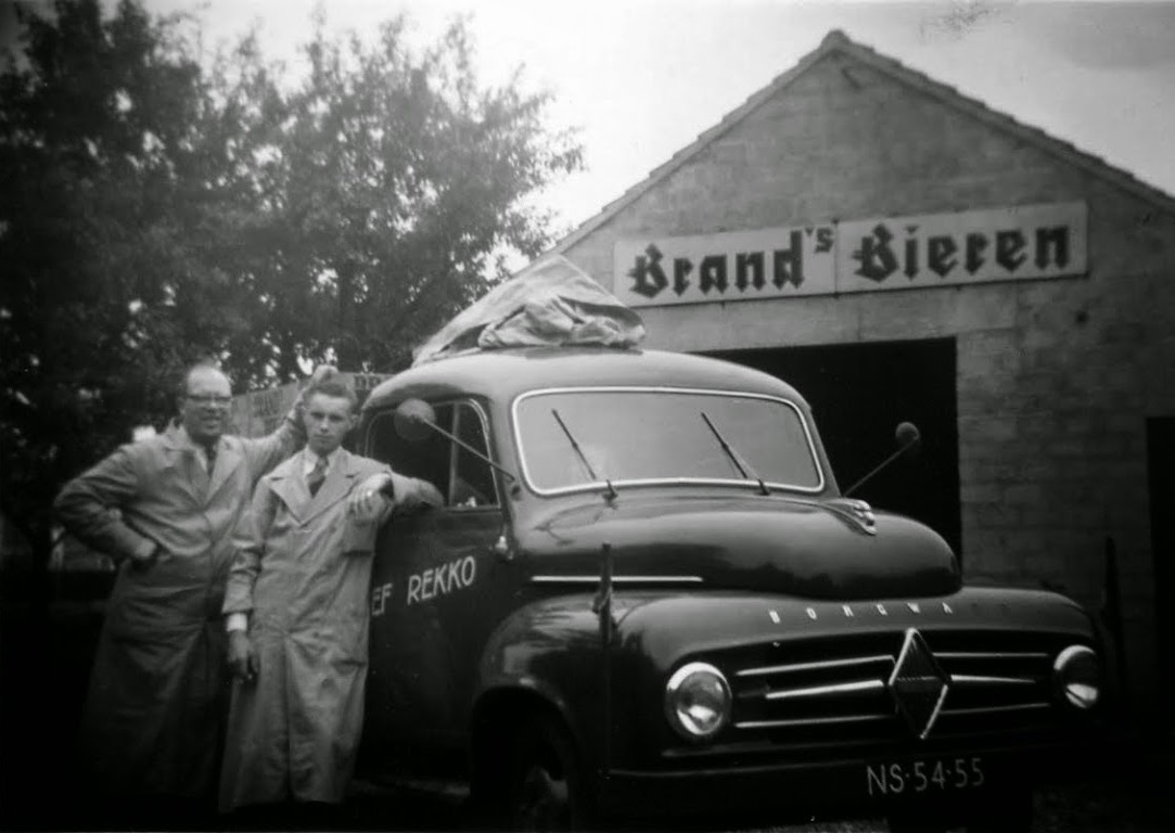 Pa-Sjef-met-chauffeur-Sjef-Henzels