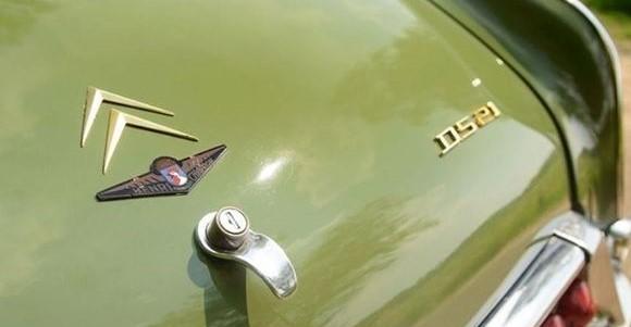Citroen-DS-le-dandy-1967-1-(2)