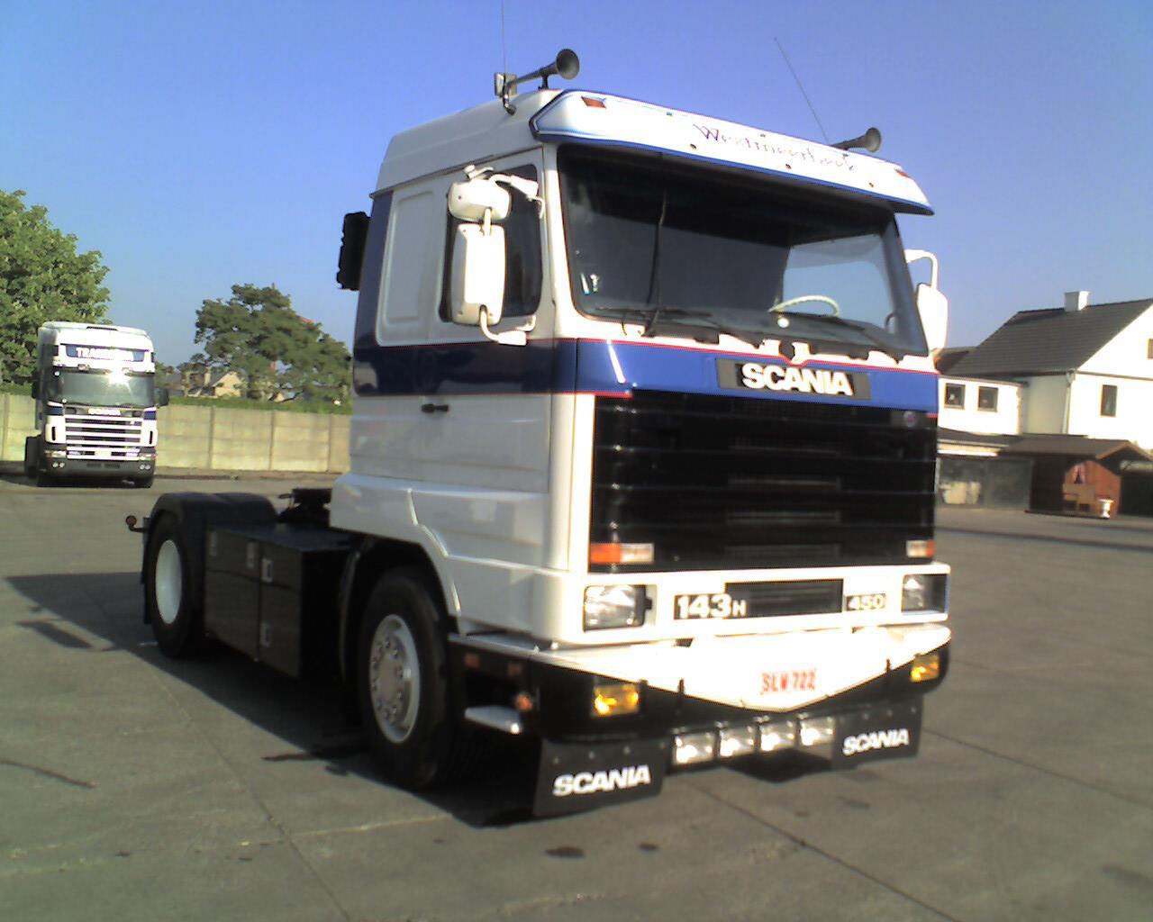 Scania-143--H