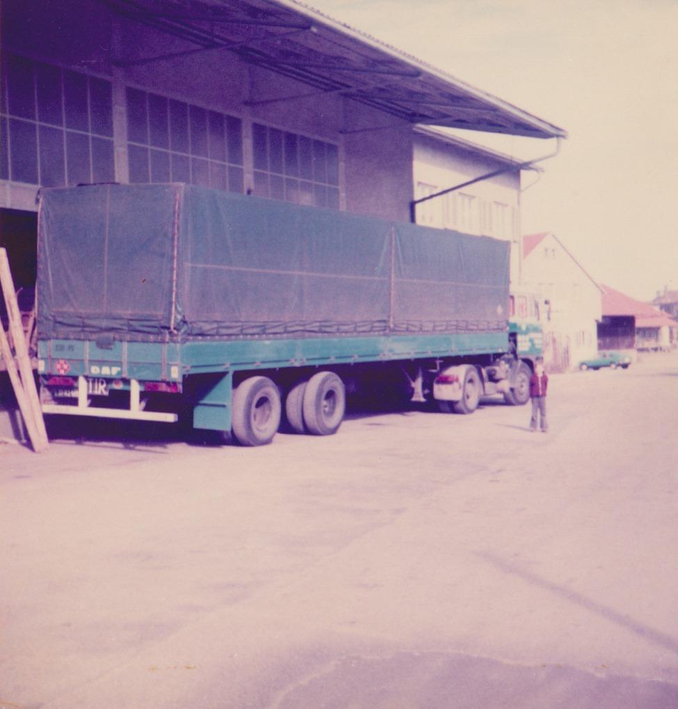 Ron-Wijnhoven-1977-onderweg-met-Pa-met-de-51-82-MB--(2)