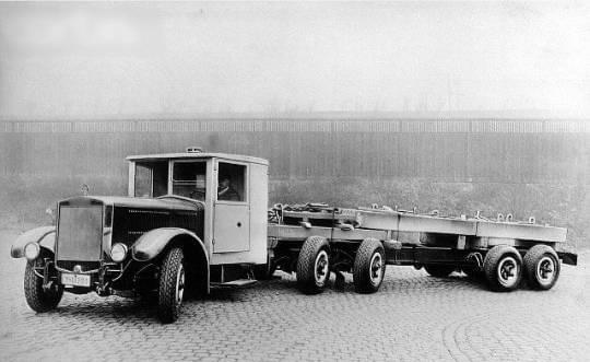 Krupp--6-wiel-besturing--(1)