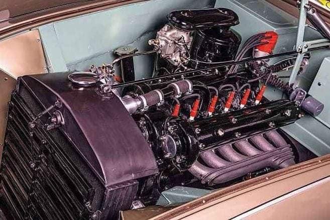 Alfa-Romeo-6C-2500-S-Cabriolet-by-Pininfarina--1946--(2)