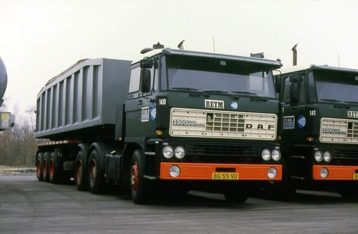 Daf-3300-tweeling