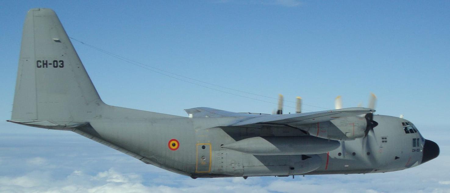 Hand-made-vliegtuig-(1)