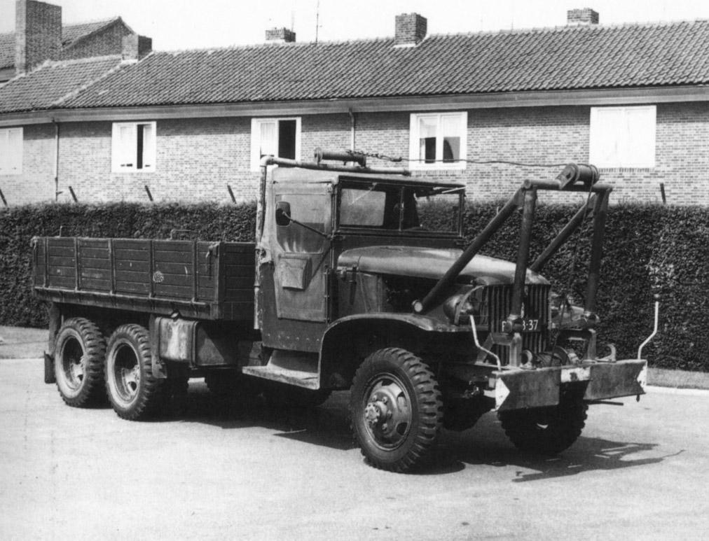 GMC-uit-1945-werd-als-vrachtwagen-gebruikt