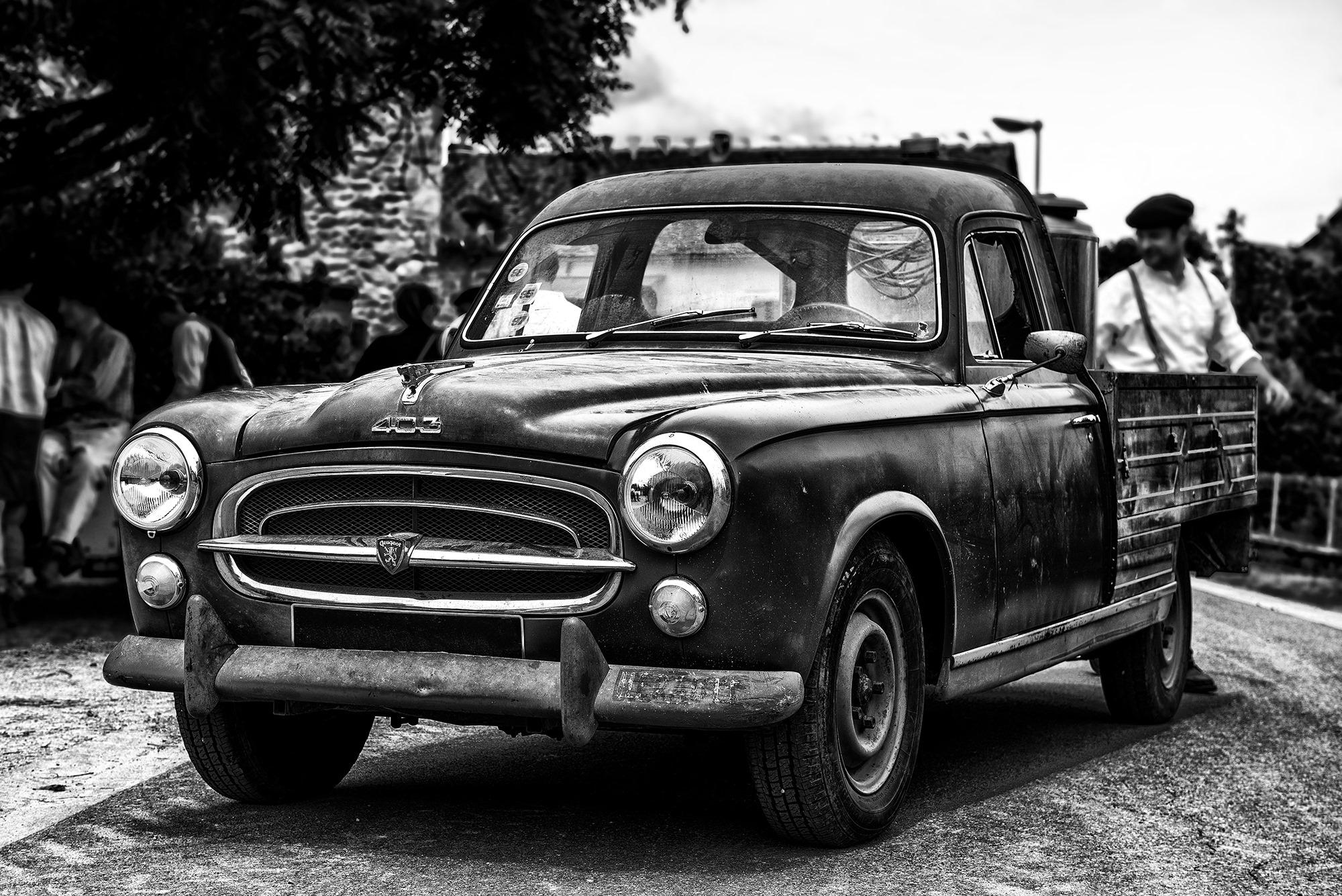 Peugeot-403