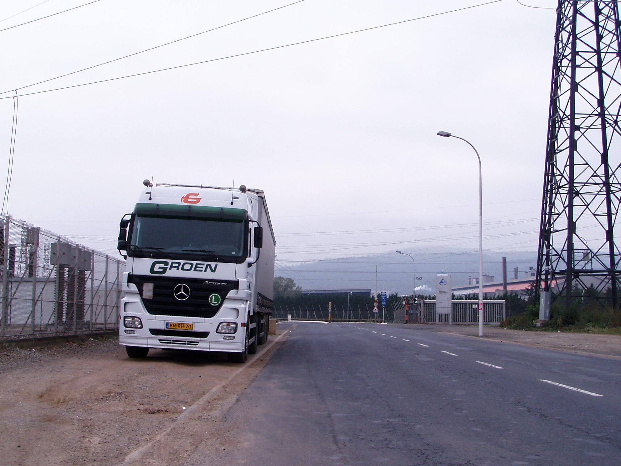 Groen-transport-heeft-de-wagen-verhuurd-aan-Lucas-in-Raamdonksveer-met-chauffeur-Ger-van-Vlimmeren--2007--(2)