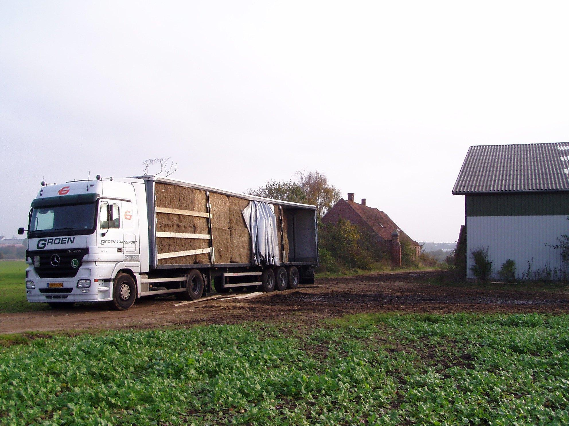 Groen-transport-heeft-de-wagen-verhuurd-aan-Lucas-in-Raamdonksveer-met-chauffeur-Ger-van-Vlimmeren--2007--(4)