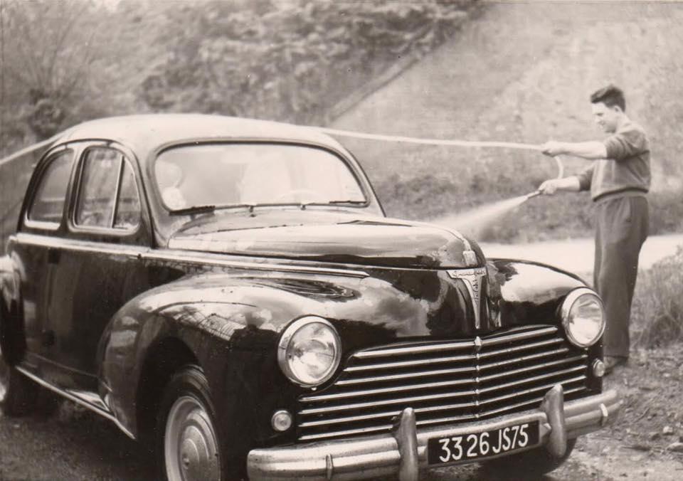 Peugeot-203-(2)