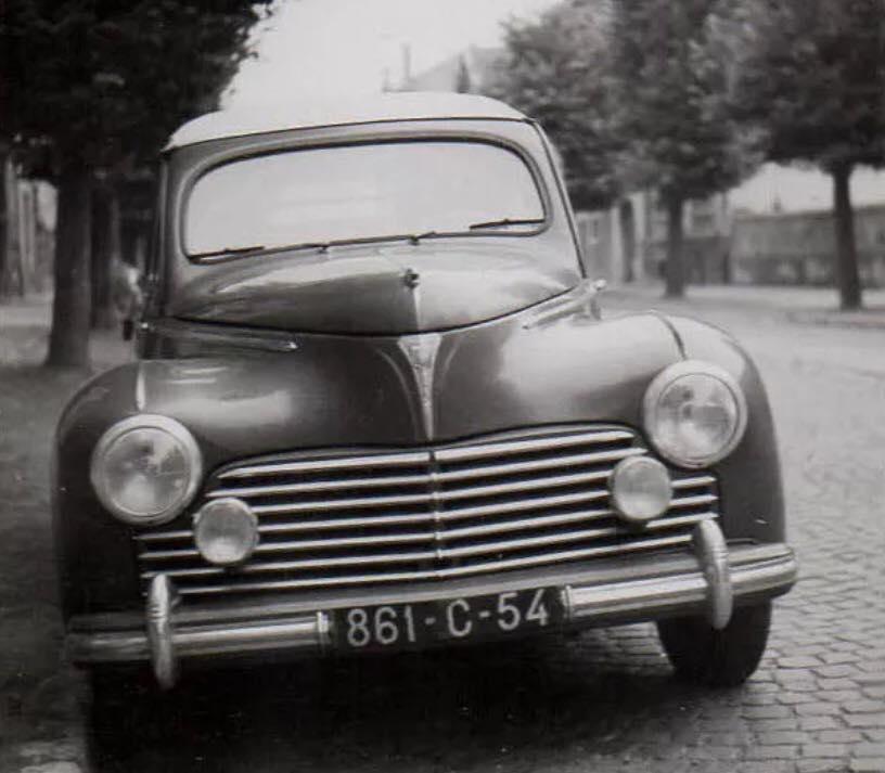 Peugeot-203-(8)