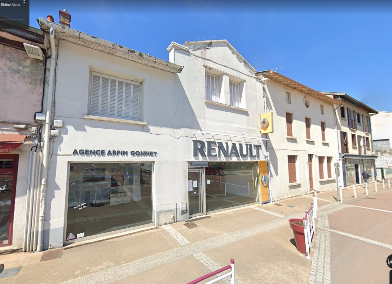 Renault--Amberieu-en-Bugey--Auvergne-Rhone