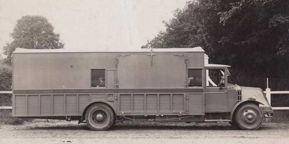 Renault-ca-1935-(1)