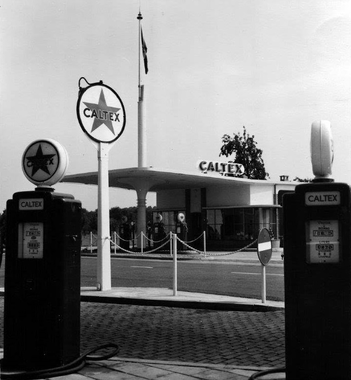 Tankstation-August-van-der-Cruijs-Withuis-1-openin