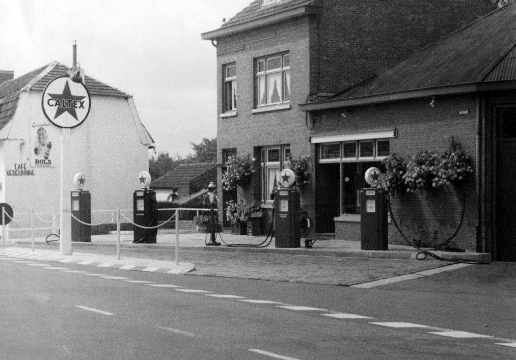 Tankstation-withuis-6-v-d-Cruijs-1952