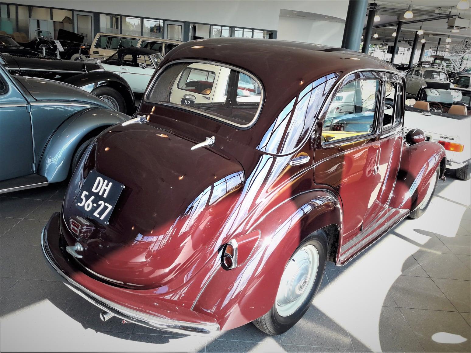 Simca-8-1200-Berline-1950-(3)