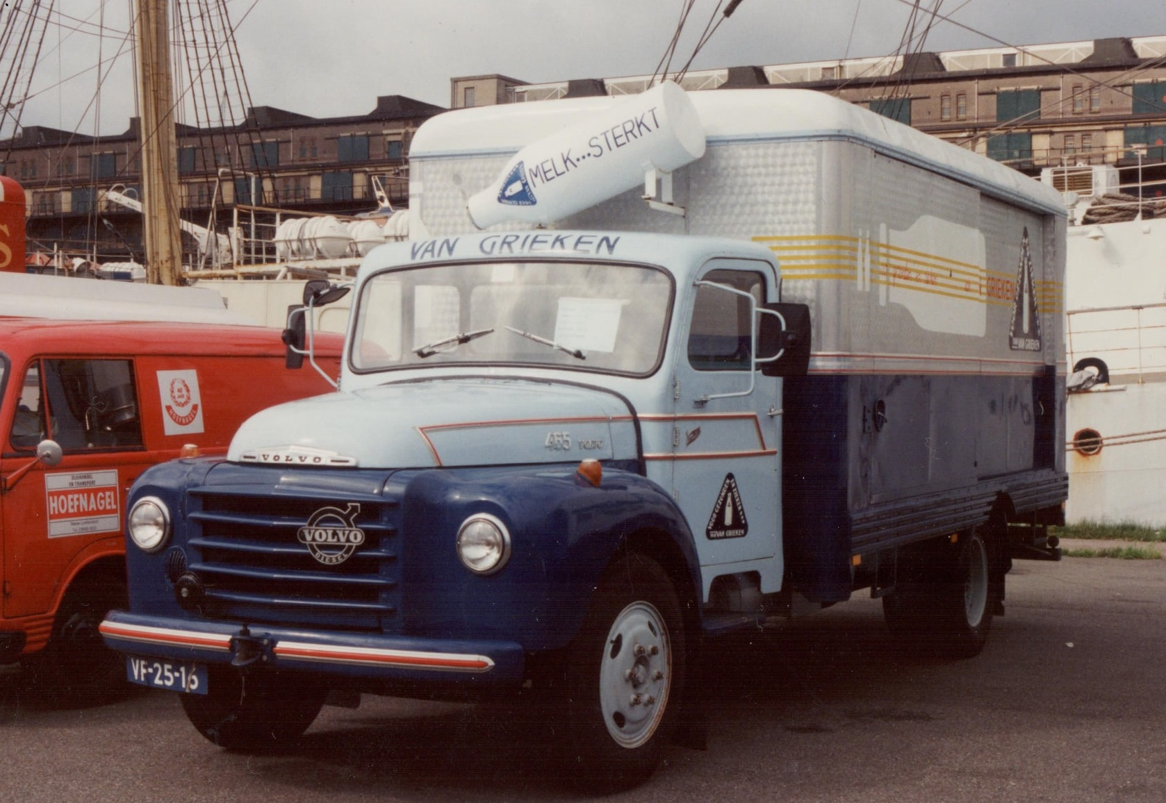 Volvo-465-