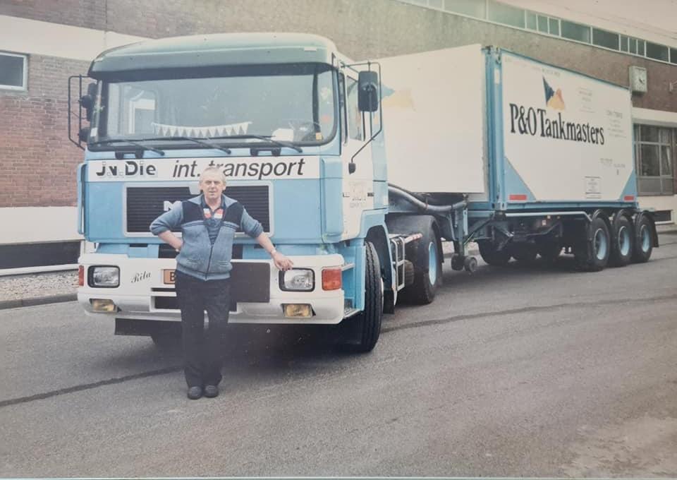 Viktor-Engelhardt-zijn-wagens-(2)