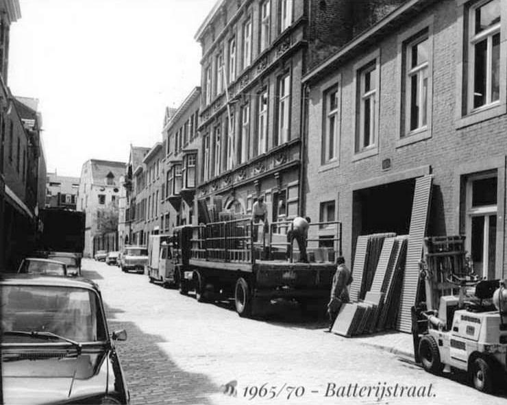 1965--70-battarij-straat-Groothandel-Dumoulin