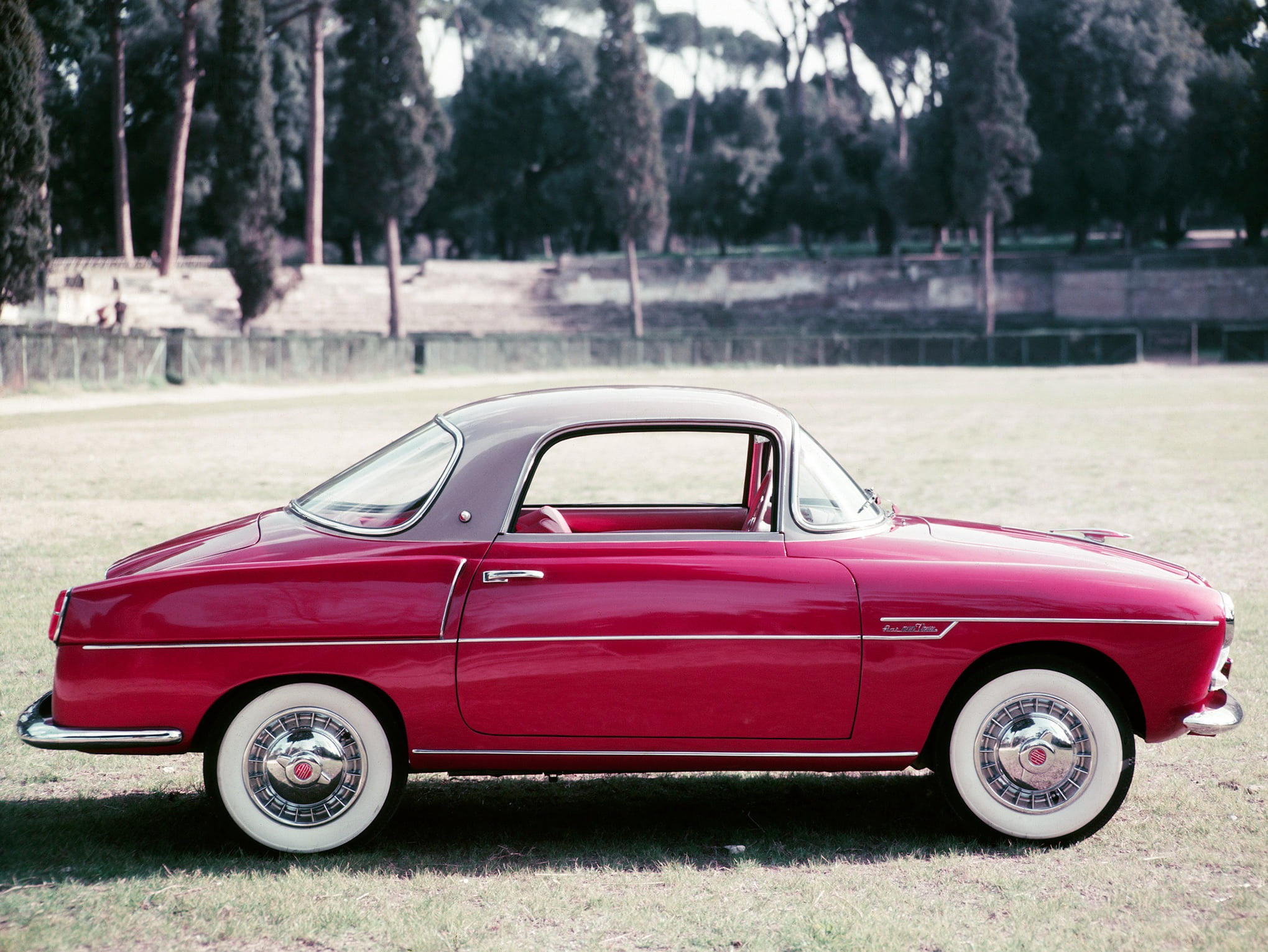 Fiat-600-Coupe-by-Viotti--1959