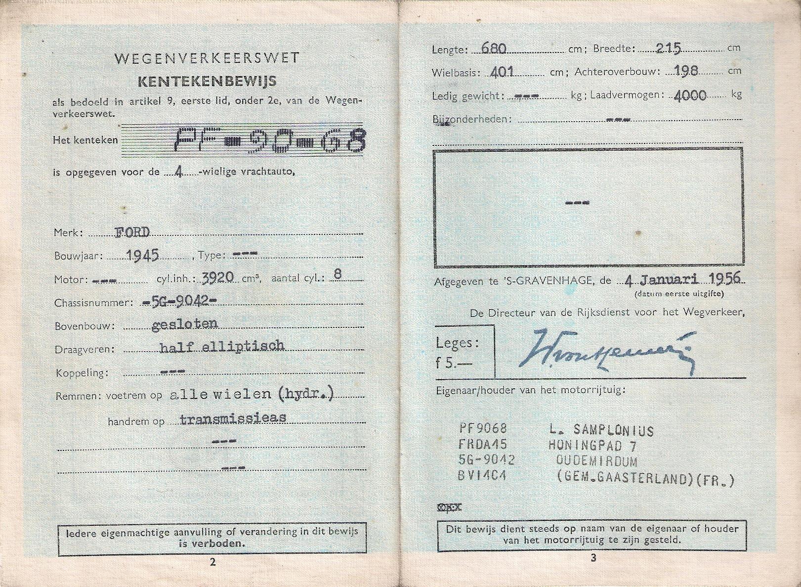 Ford-V8-Jailhouse-van-mijn-vader-en-mijn-zusje-is-aan-het-wassen-Gerhardus-Gerard-Samplonius--(2)