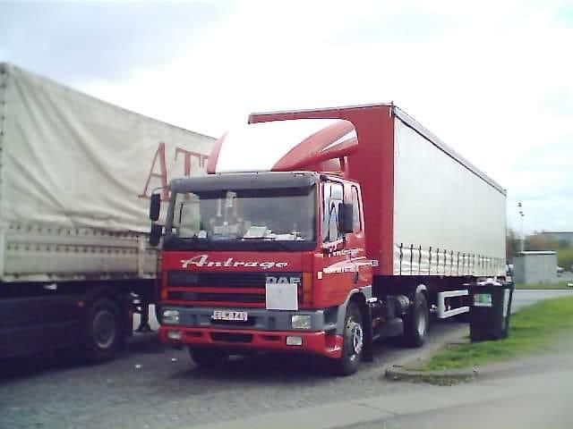 Coen-Creces-Dit-was-mijn-eerste-vrachtwagen-en-werk-toen-ik-mijn-rijbewijs-had-behaald-in-2002--