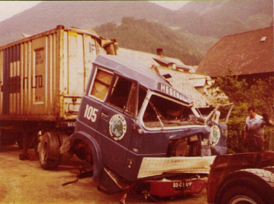 NR-105-het-einde-chauffeur-had-zo-goed-als-niets-aan-zich--Jan-Maaswinkel--(2)