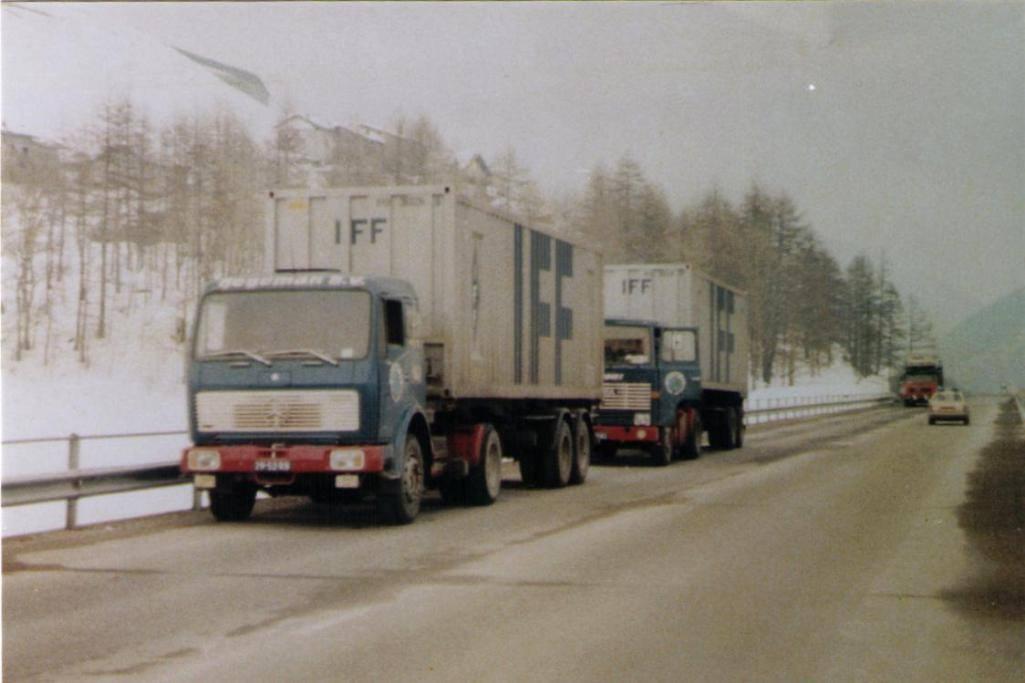 NR-141-Mercedes--nr-163-Scania-
