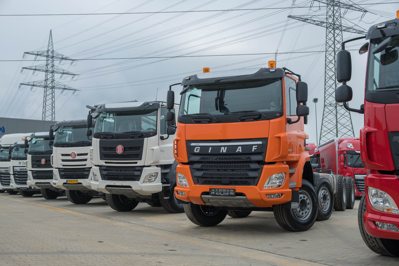Mix-van-nieuw-geleverde-wagens-(28)