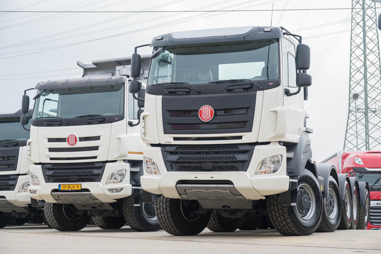 Mix-van-nieuw-geleverde-wagens-(33)