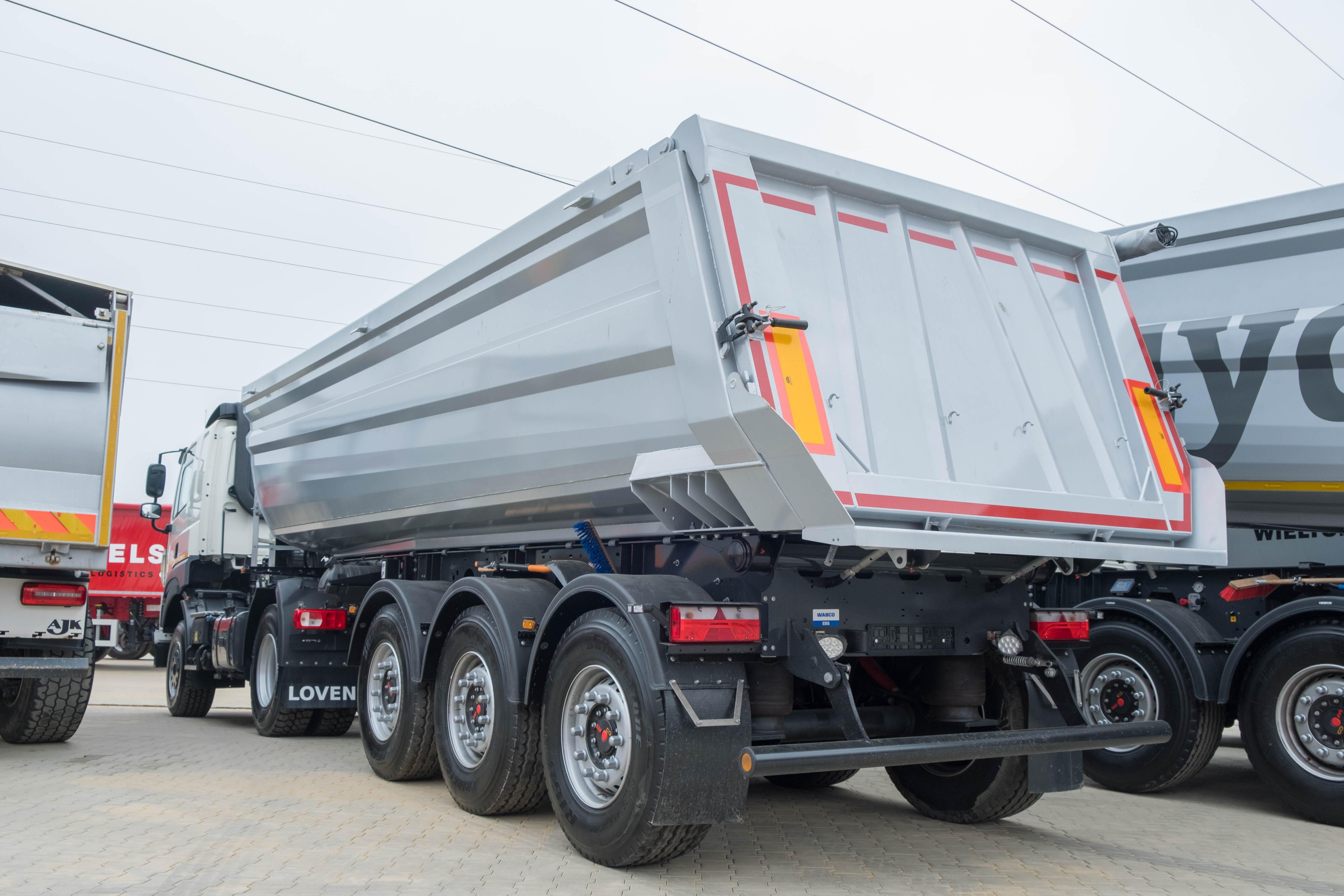 Mix-van-nieuw-geleverde-wagens-(38)