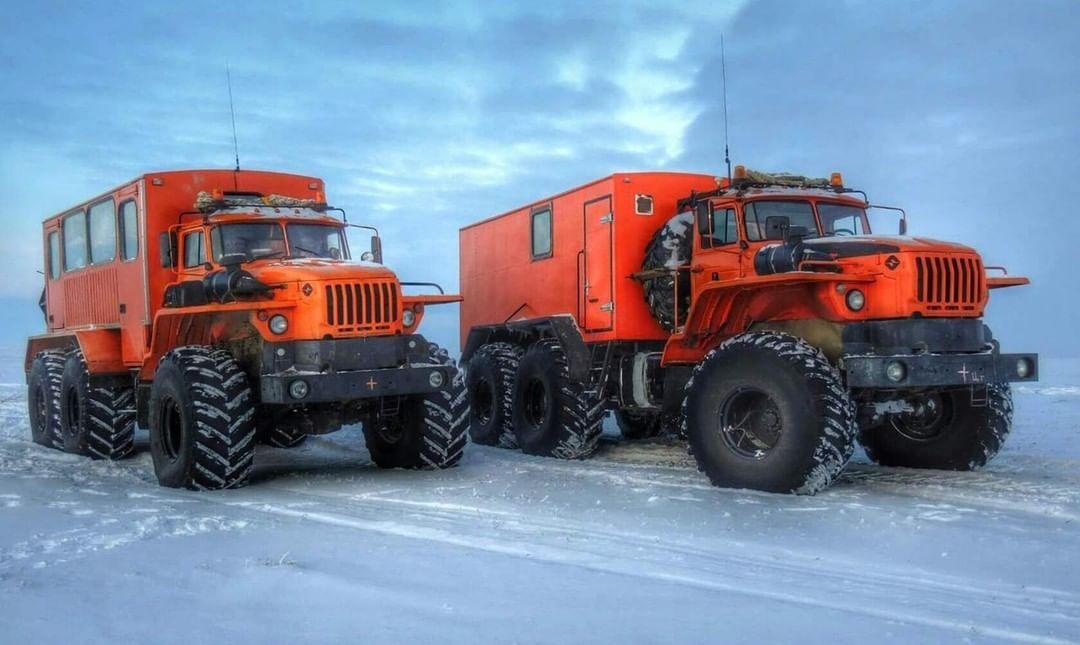 URAL-6x6-Monster-Trucks