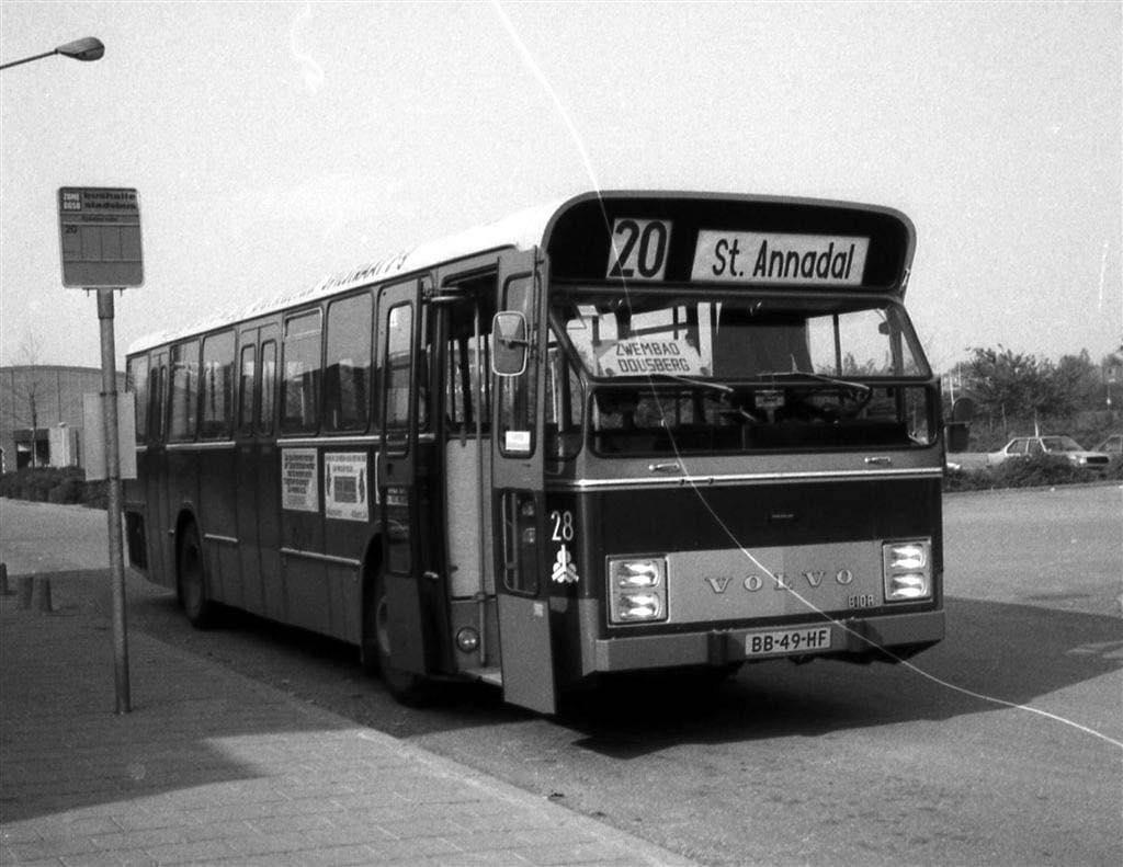 1981--nr-28-Volvo-