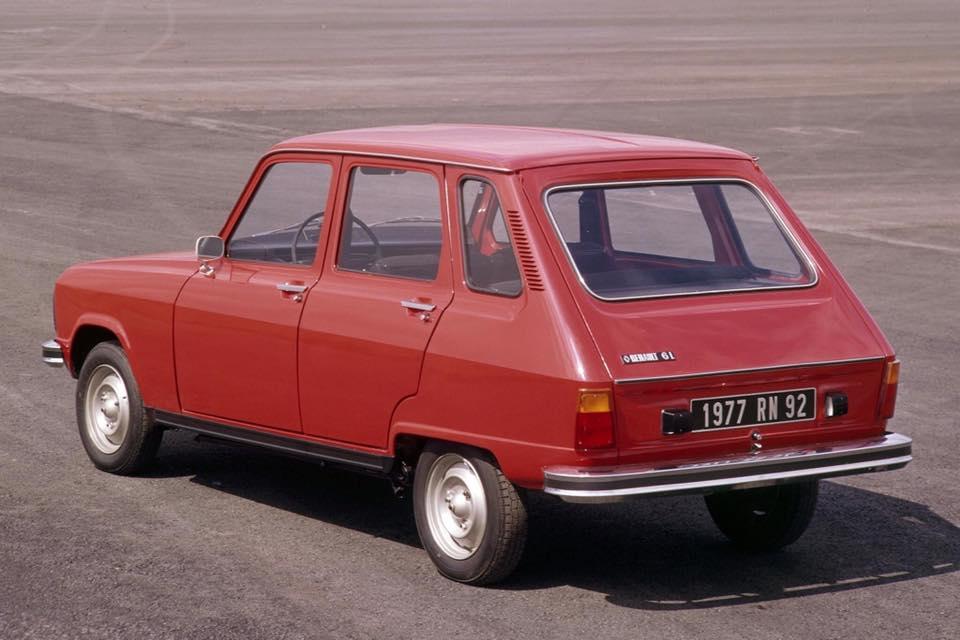 Renault-R6-(2)