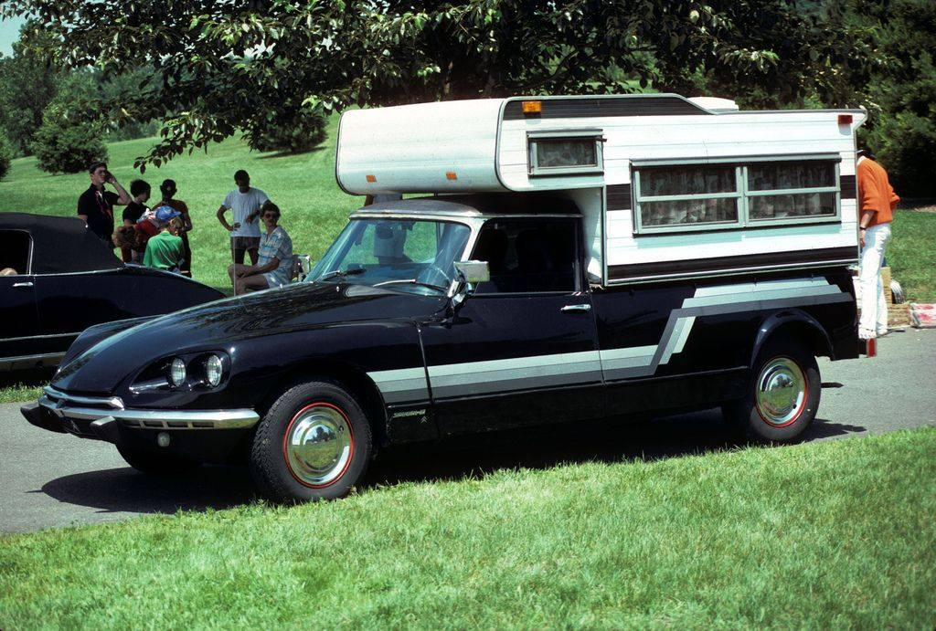 Citroen-DS-weekend-camper-