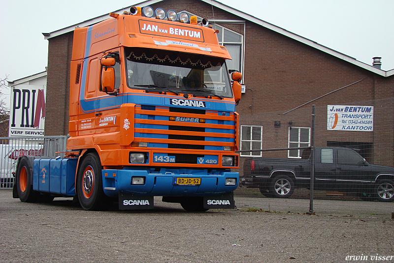 Scania-V8-420