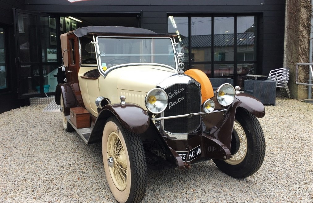 Dion-Bouton--1927-Type-IW-cabriot--limousine