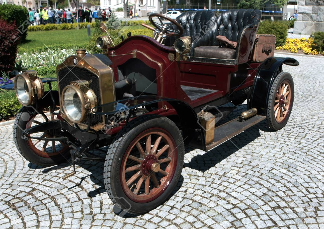 french-car-de-dion-bouton-is-exposed-to-retro-parade-in-the-town-of-sliven-bulgaria-on-april-16-2016