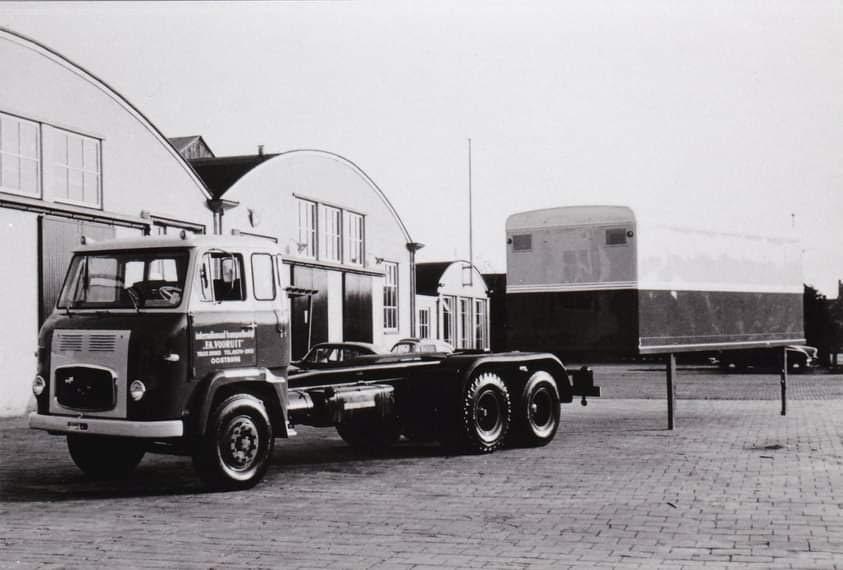 Scania-zonder-en-met-nieuwe-opbouw-(1)