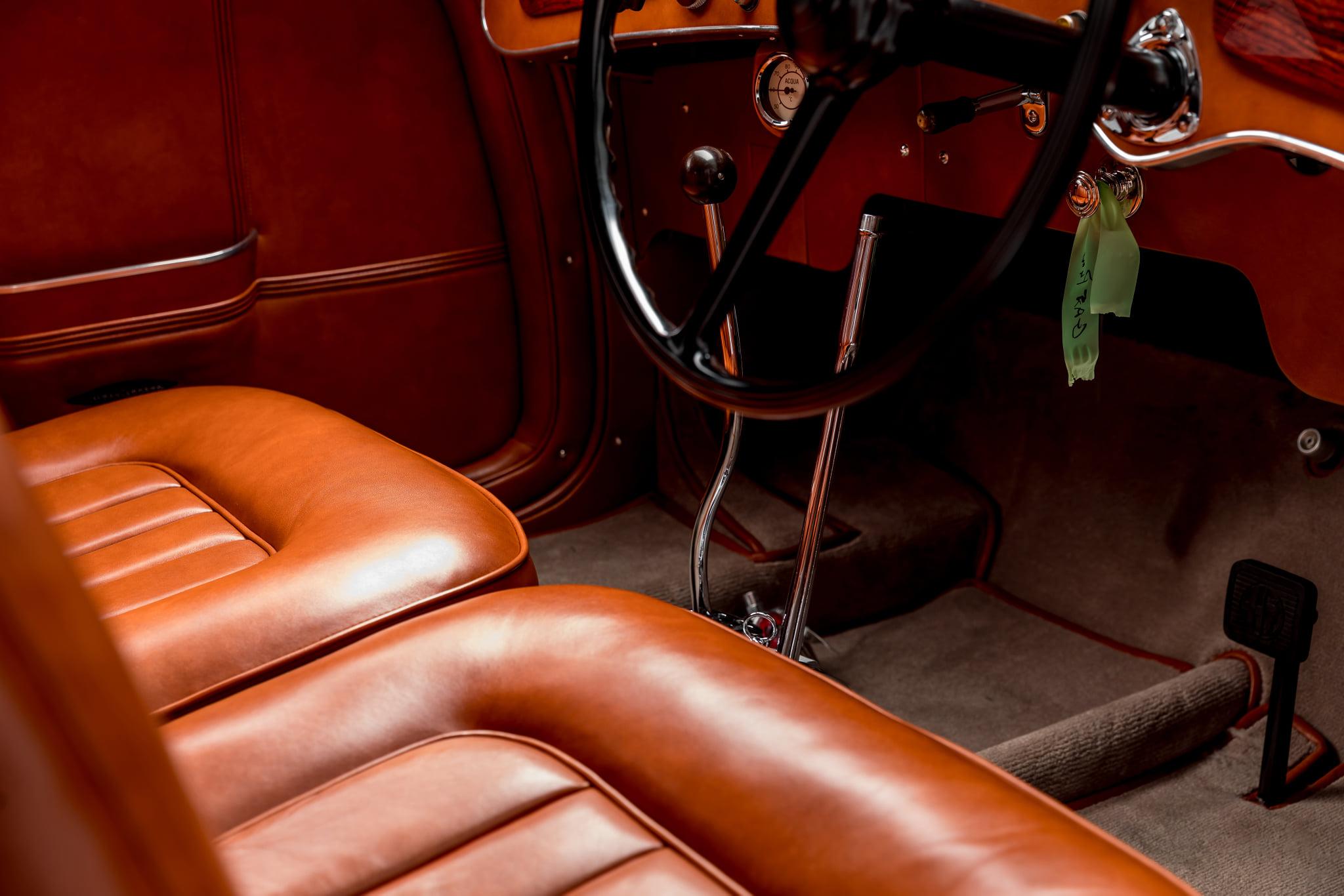 Alfa-Romeo-8C-2900B-Lungo-Touring-Berlinetta-(3)