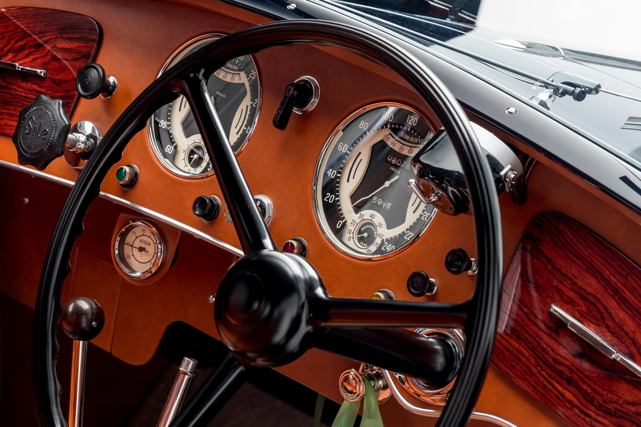 Alfa-Romeo-8C-2900B-Lungo-Touring-Berlinetta-(6)