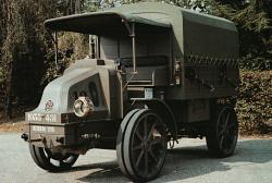 Latil-TAR-Artillery-Trachtor