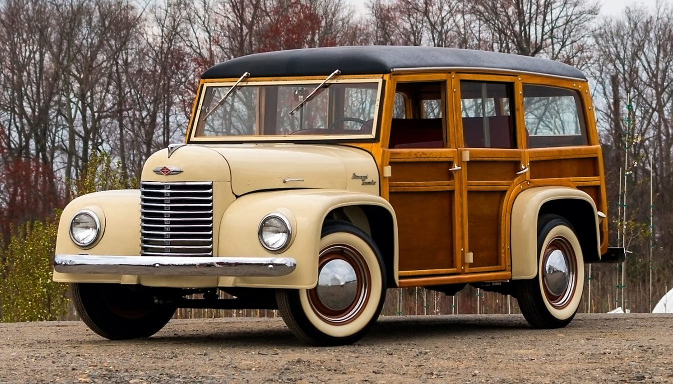 Diamond-T-Woody-Wagon--1945-