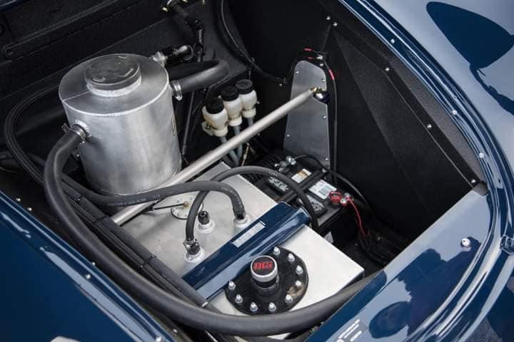 Porsche-356-Outlaw-with-a-236hp-2-8-liter-Flat-6--1964--(2)