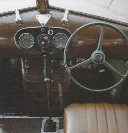 van-oude-leger-bus-dit-gemaakt-3-
