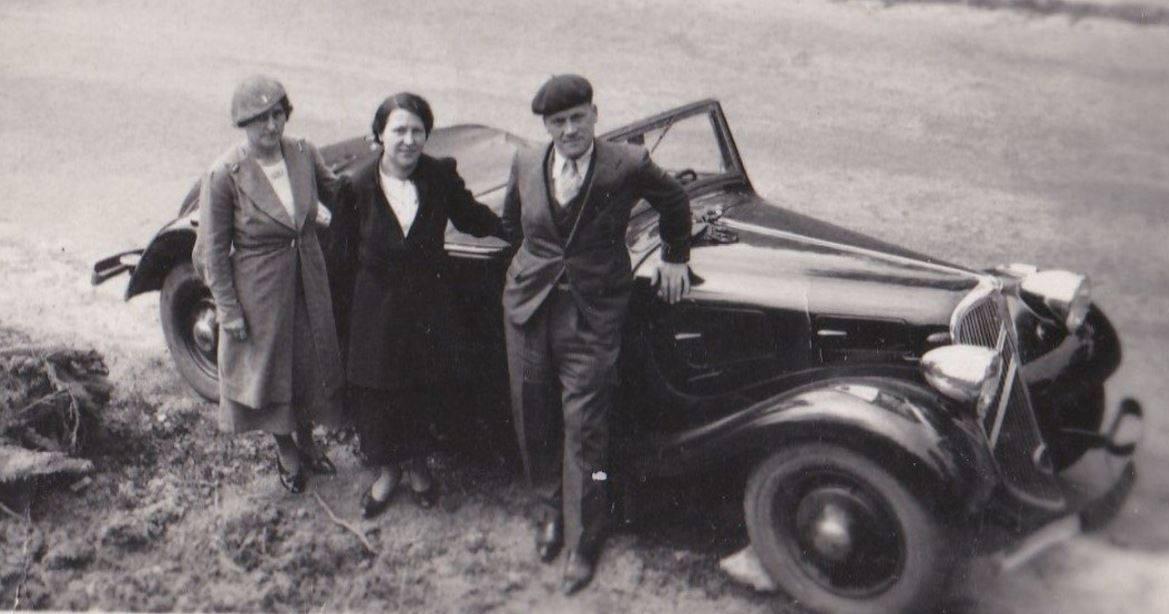 Citroen-cabriolet-traction