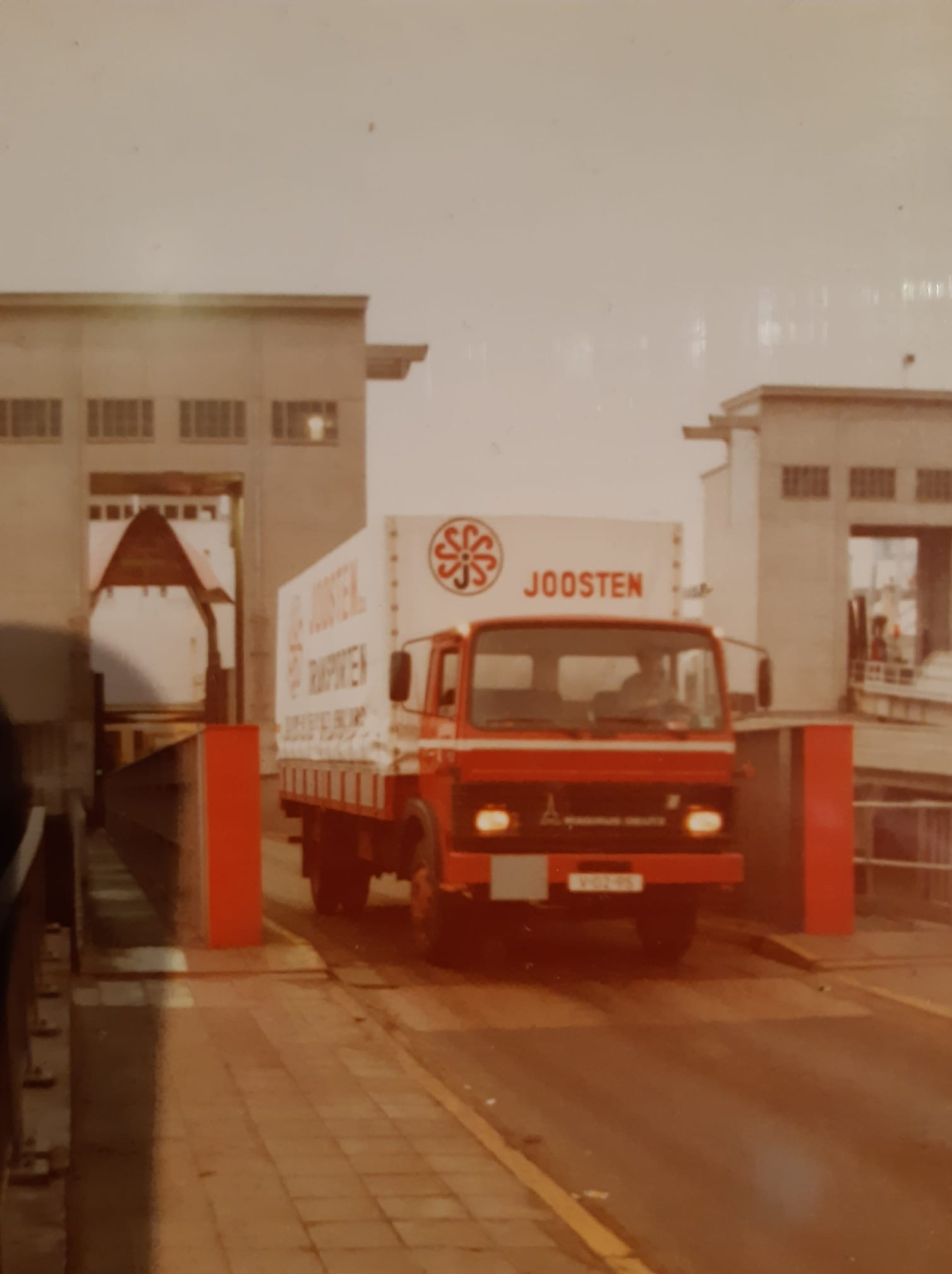 Magirus-Deutz-van-de-ferry-boot--Zeebrugge-Dover-