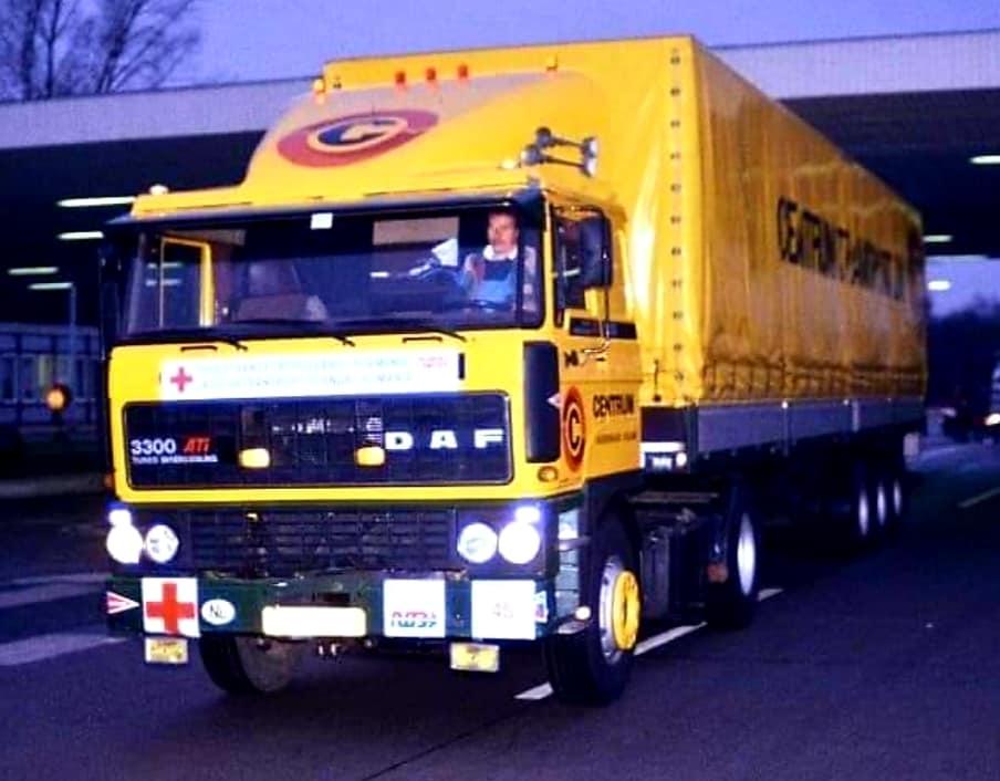 1990-Hennk-Klasens-hulpgoederen-naar-Sibiu-en--Hunedoara-Romenie-80-wagens-(1)