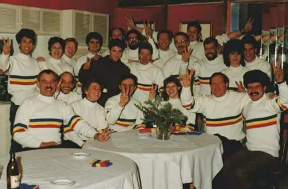 1990-Hennk-Klasens-hulpgoederen-naar-Sibiu-en--Hunedoara-Romenie-80-wagens-(2)